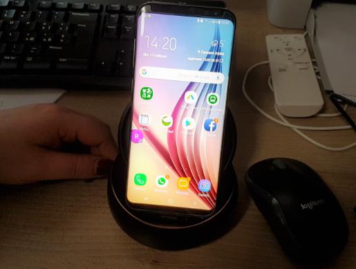 SamsungS8_inDeX_PC Samsung DeX: Trasformiamo il nostro cellulare Samsung in un vero PC Desktop